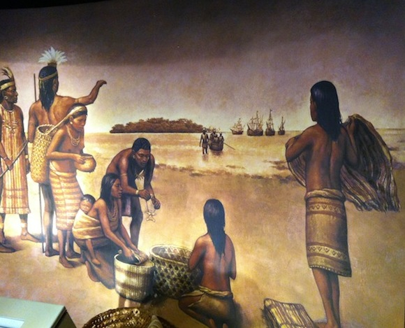 Painting of Spanish making commerce with indigenous - Museo del Oro Precolombino - San José, Costa Rica